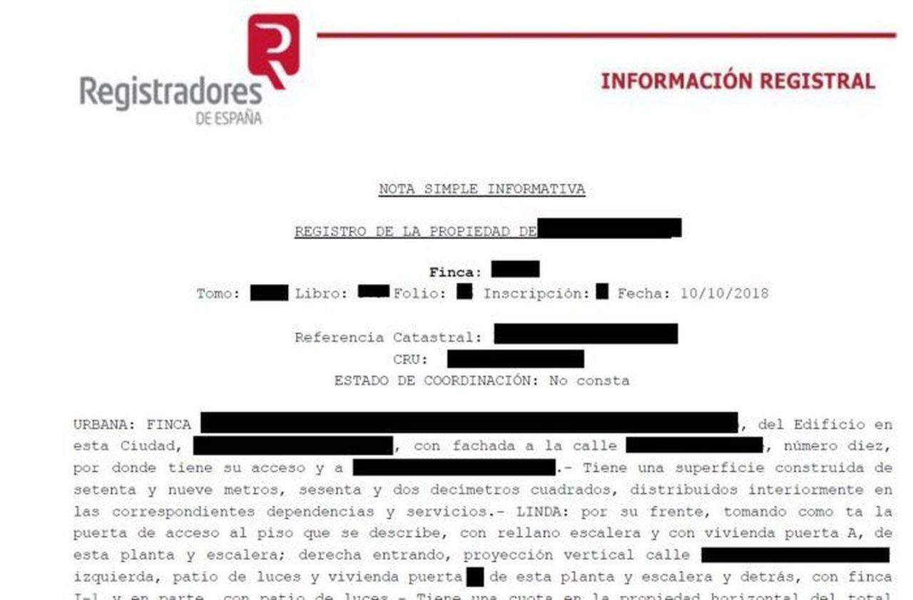 Ejemplo de una nota simple registral que incluye los datos de titularidad del inmueble, descripción de la finca, cargas de la finca y notas marginales