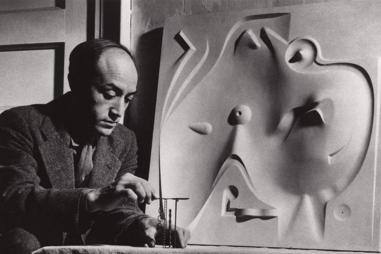 Aunque nunca es llegó a realizar, Noguchi diseñó el primer playscape en 1933