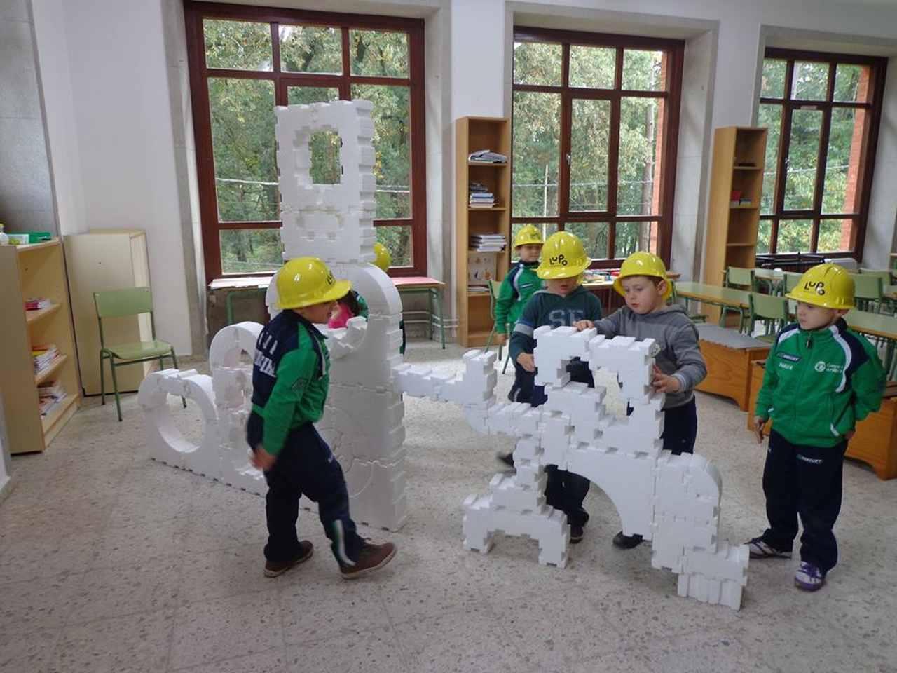 La intervención de Sistema Lupo consistió en diferentes actividades para repensar la escuela