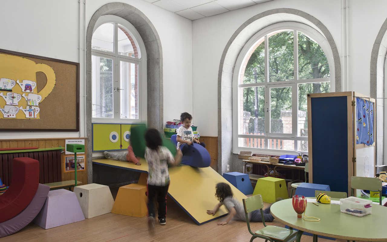 El proyecto Mestra de Obra es una dinámica pedagógica para fomentar el desarrollo y la creatividad a través de la arquitectura
